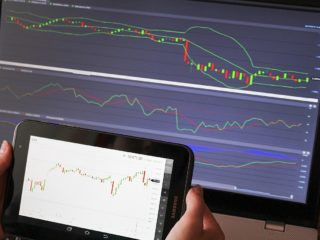 FXは資産運用に適しているのかを考察?為替で儲けることは可能か?